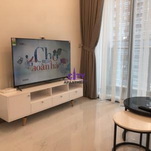 (Căn Đẹp) Cho thuê căn hộ Sunwah Pearl - Tháp Golden House - 2 Phòng Ngủ - $1300 - Full nội thất