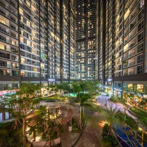 Cho thuê Shophouse Vinhomes Central Park 120m2 - Mặt tiền sông.